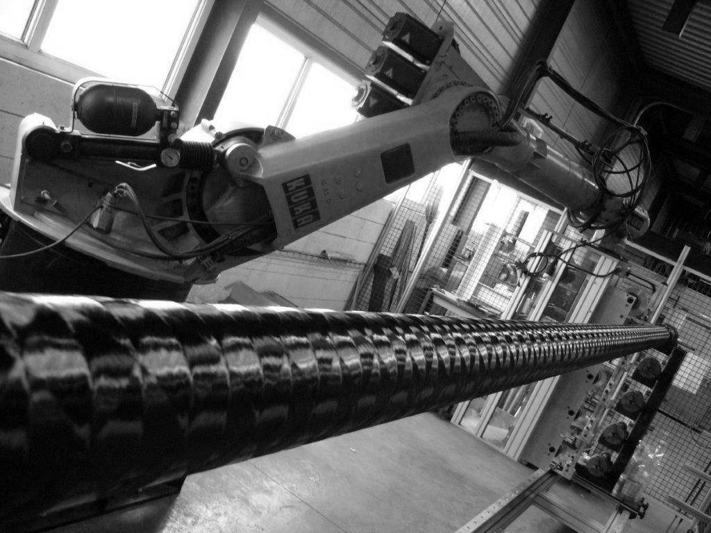 Robot d'enroulement filamentaire - www.tubecarbone.com